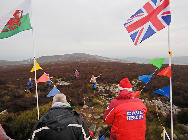 Supporting Boxing Day Stiperstones Dawdle or Dash (Pic: Kelvin Lake)